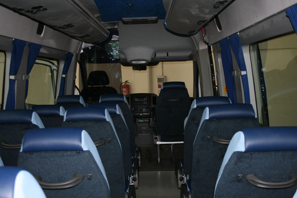 Interior bus 22 plazas