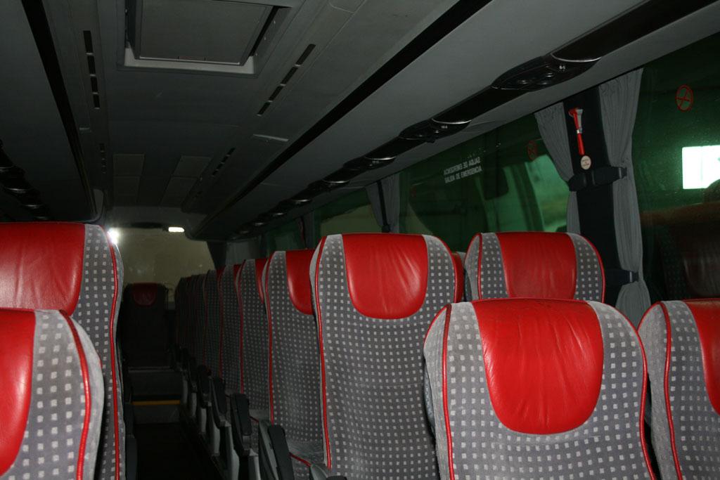 Interior bus de 39 plazas